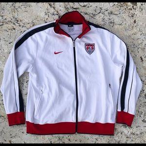 ⚽️⚽️ Nike USA soccer Track jacket